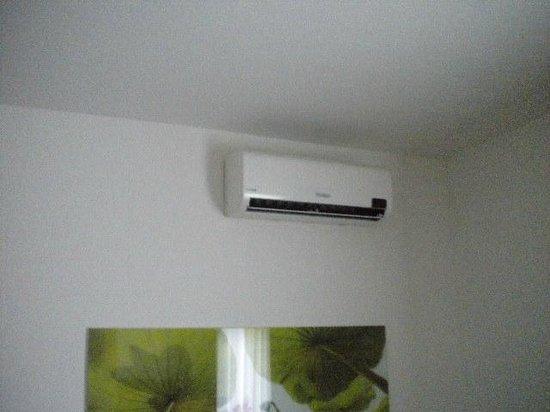 Ahotel Hotel Ljubljana: ar condicionado