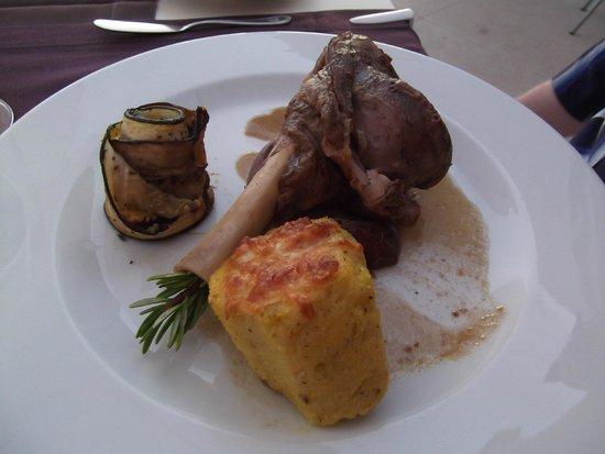 Pousada Palacio de Estoi : Lamb dish.
