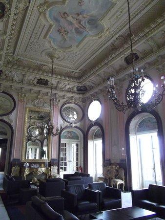 Pousada Palacio de Estoi : Stunning architecture.