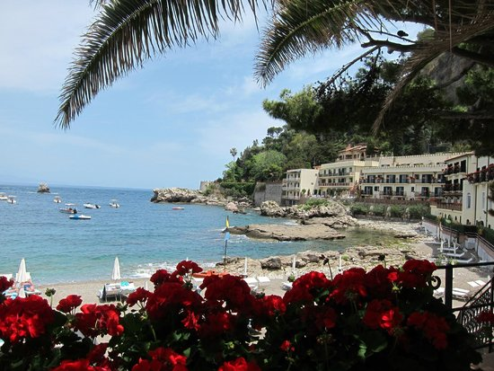 Belmond Villa Sant'Andrea: Lunch at the beach