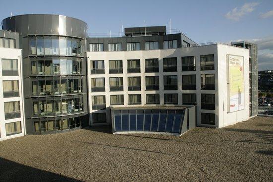 Radisson Blu Hotel, Hamburg Airport: Außenansicht
