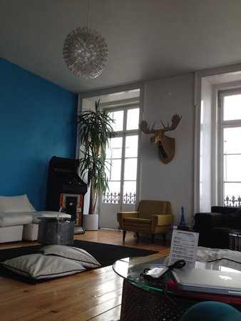 Lisbon Lounge Hostel: Hostel lounge on 2F