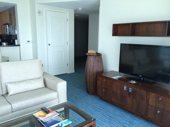 Hilton Fort Lauderdale Beach Resort: Living room area