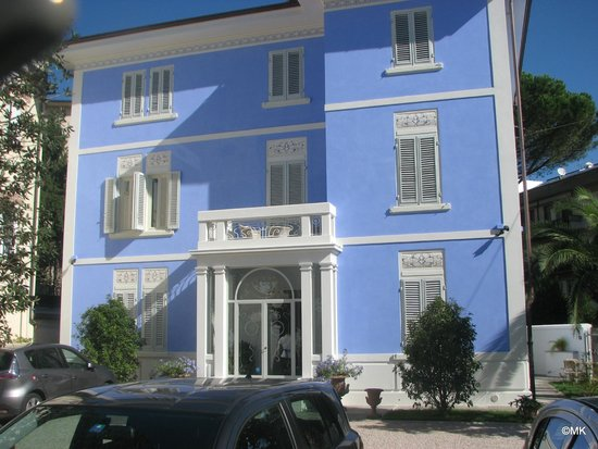 Lucca in Azzurro : view from the street