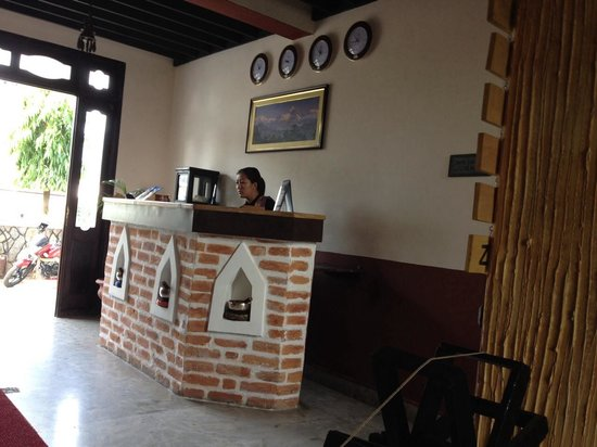 Hotel Dream Pokhara: customer service