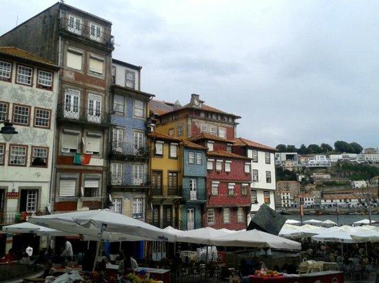 Zona Ribeirinha : Porto Riverside
