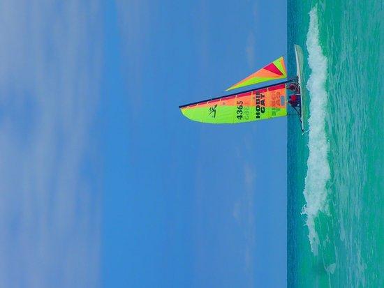 Memories Paraiso Beach Resort: Sailboat on the beach!