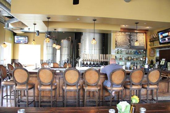 Ladyface Alehouse & Brasserie: Bar