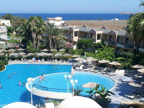 Atrium Palace Thalasso Spa Resort & Villas : view from room 322 (junior suite)