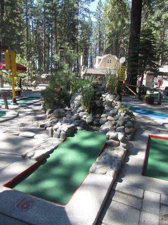 ‪Kings Beach Miniature Golf‬