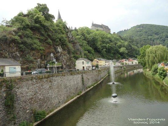 Altstadt Vianden. : Vianden-The imposing Castle