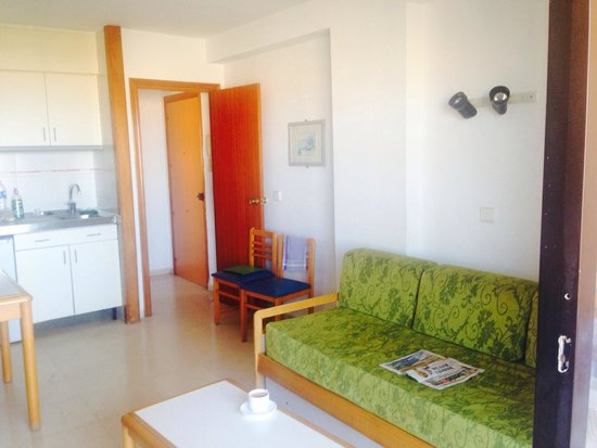 La Caseta Apartments: 7a