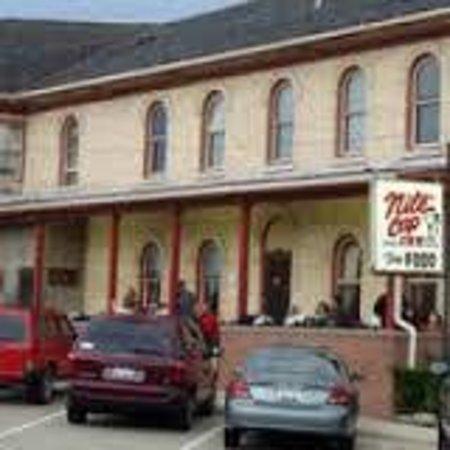 Nite Cap Inn : Outside