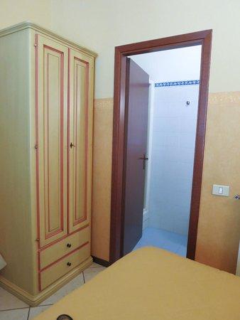 Hotel Fiorita: room 2