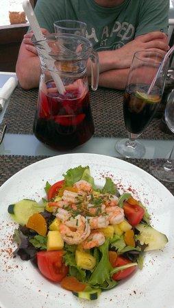 Blue Wave Beach Club : Lunch - the prawn salad