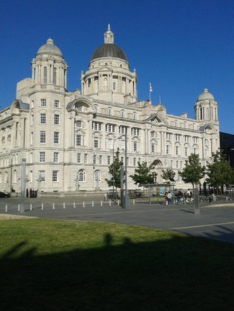 Z Hotel Liverpool: Port of Liverpool Building