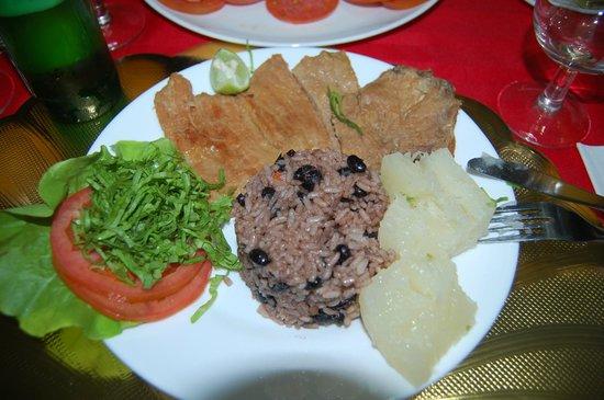 Hostal Omar Esquerra: Dinner at Omar's house