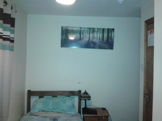 Aberdeen Guest House: room