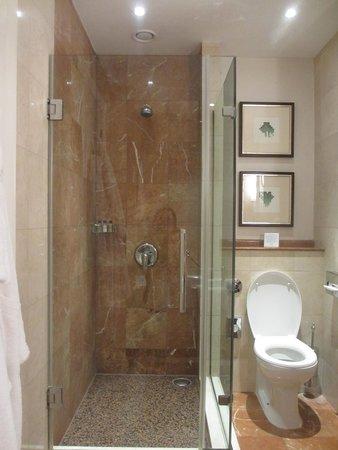 Corinthia Hotel Budapest : la douche