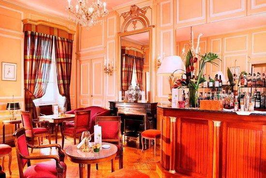 Château de Divonne : Notre Bar