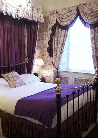 Jeake's House: 'Benson' room