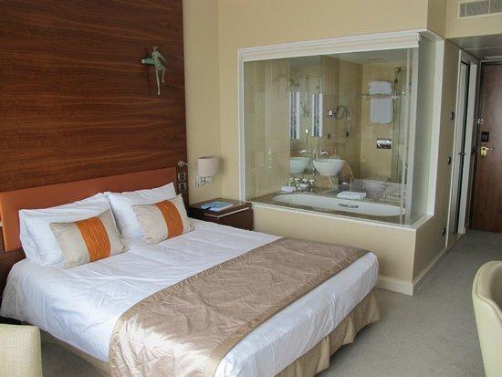 Hotel Okura Amsterdam: La habitación