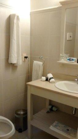 Serena Hotel Punta del Este: banheiro