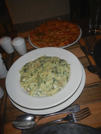 The African Tulip: Pasta and pizza