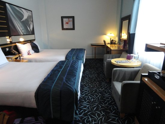 Crowne Plaza Hotel Dublin Airport: beds