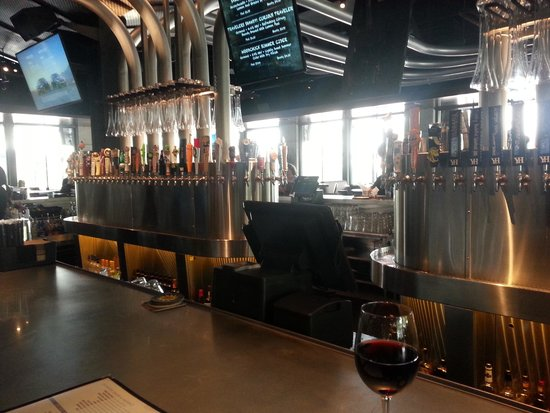 Yard House: Just a glimpse of the vast taps available