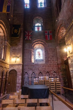 Saint Magnus Cathedral: St. Magnus Cathedral interior 3