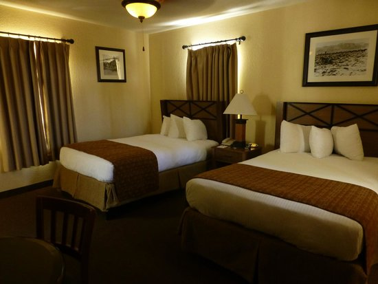 Furnace Creek Inn and Ranch Resort : la chambre