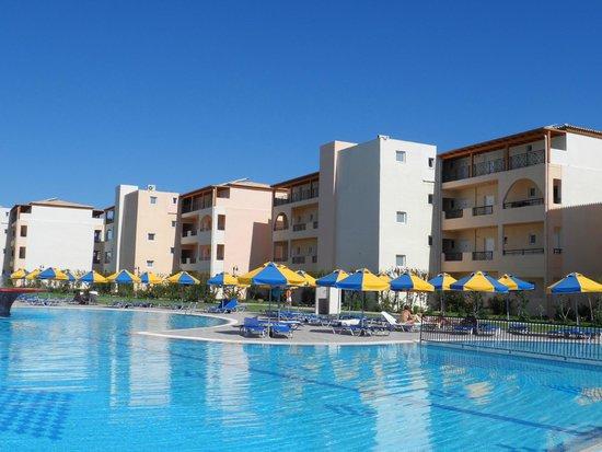 Eden Village Myrina Beach: Ala hotel e piscina