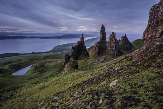 Beinn Edra House Bed & Breakfast: Sunrise on the Old Man of Storr- nearby Beinn Edra