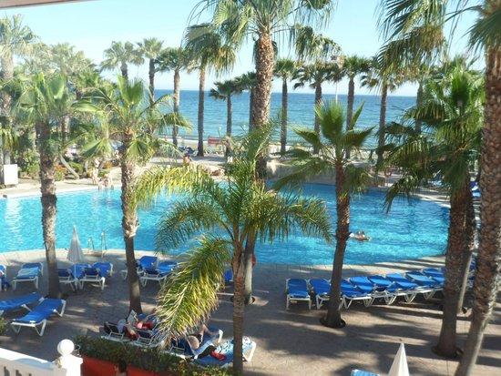 Marbella Playa Hotel: View of pool from bar balcony
