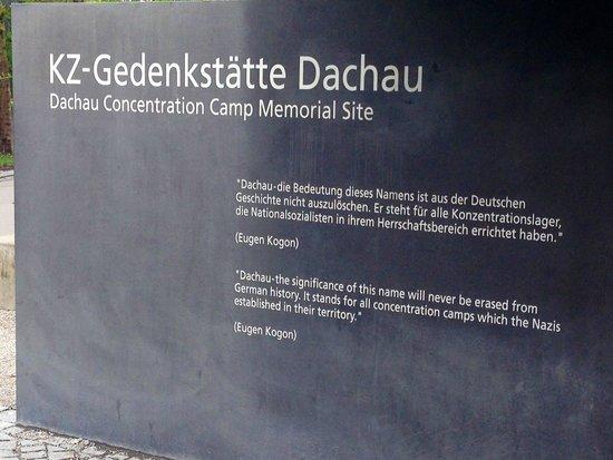 KZ-Gedenkstätte Dachau: Dachau entrance