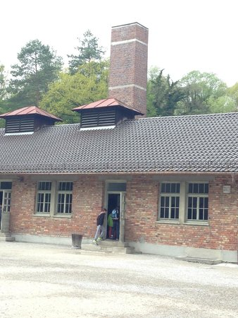 KZ-Gedenkstätte Dachau: showers
