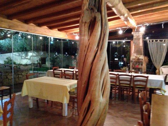 Agriturismo Li Sitagli: Interno del ristorante