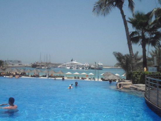 Le Meridien Mina Seyahi Beach Resort and Marina: one for Mum n Dad'S