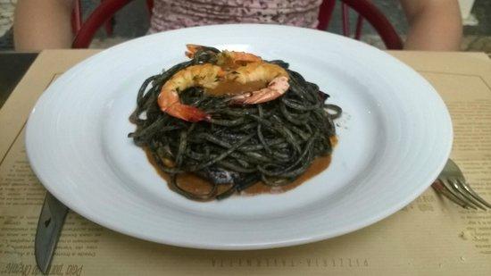 DELL 'ANIMA ristorante, pizzeria, tavernetta: black pasta