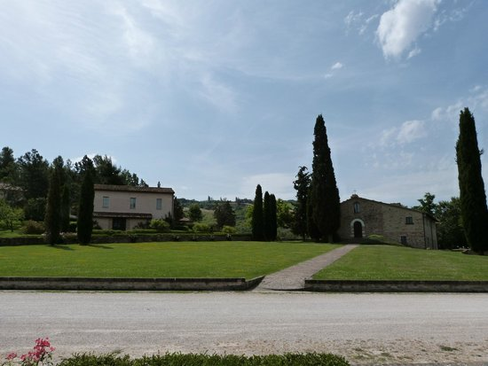 Urbino Resort - Tenuta Santi Giacomo e Filippo: chiesetta