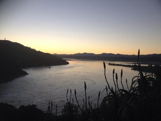 Fish Eagle Lodge : view of knysna lagoon