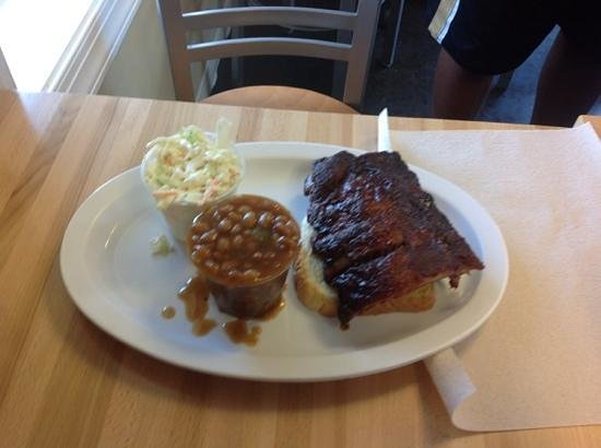 Archer's BBQ: baby back ribs, slaw and baked beans