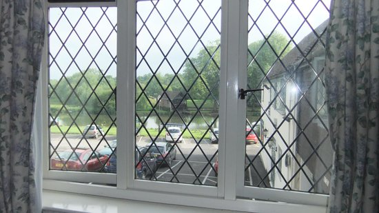 Shillingford Bridge Hotel: view from room 40