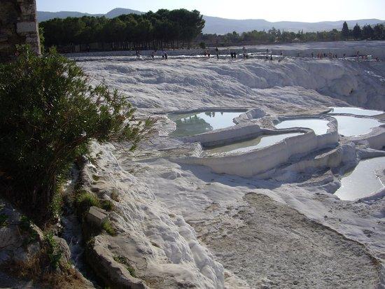 Hierapolis & Pamukkale: Кругом снег.