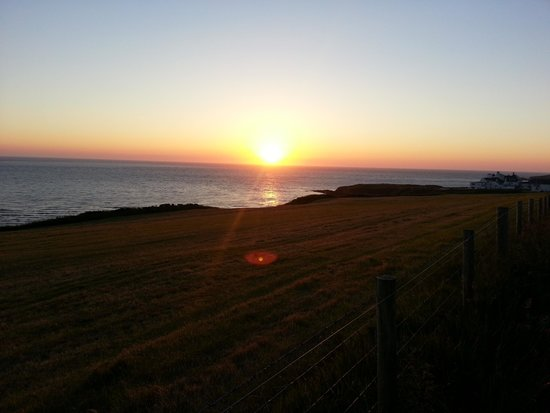 The Cliff Hotel & Spa: Sunset