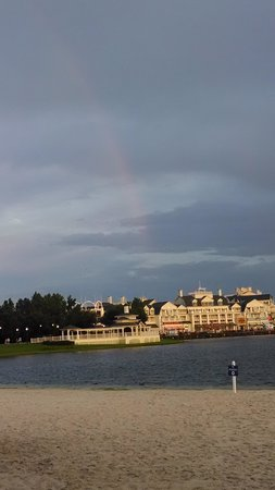 Disney's Beach Club Resort: Rainbow from Beach
