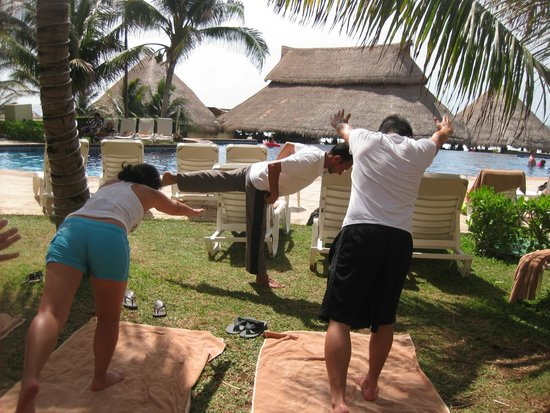 Fiesta Americana Condesa Cancun All Inclusive: Yoga Class with Tomas
