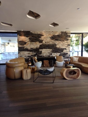 Hotel La Jolla, Curio Collection by Hilton: Lobby