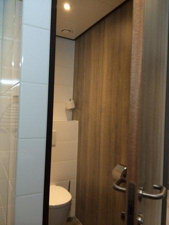 Strandhotel Golfzang: The toilet